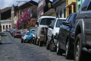 Novo plano de mobilidade de Olinda quer desestimular uso do carro De acordo com a prefeitura de Olinda, a qualidade no transporte público é a chave para mudança no hábito. Plano de mobilidade também estimula realização de trajetos de bicicleta e a pé